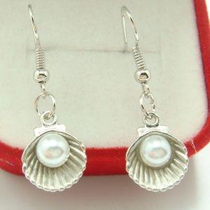 ✨3/$15✨ Shell Earrings